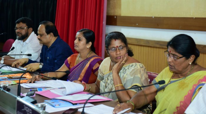 Action to be taken against officials not attending Gram Sabha