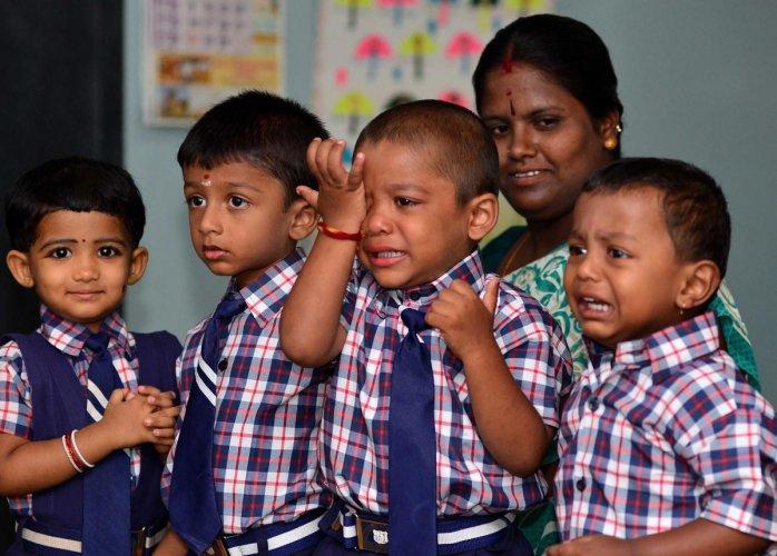 Spanking may worsen behaviour problems in kids: study