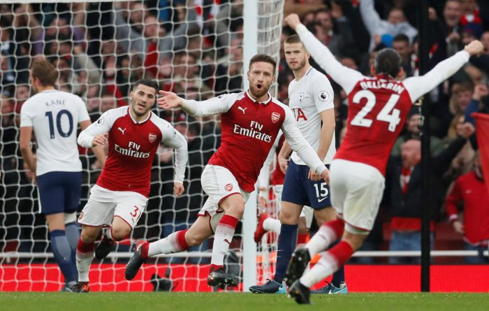 Pogba drives Man Utd fightback, Arsenal claim derby honours