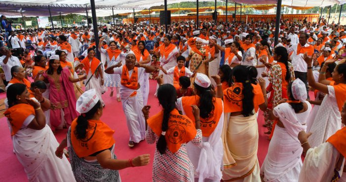 Lingayat rally sets Dec 30 deadline for state to recommend for religion tag