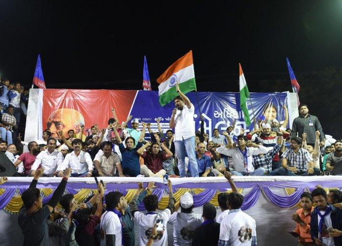 Hardik Patel, Cong strike deal on Patel quota