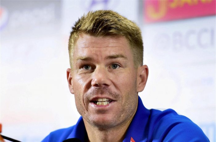 Warner hit by neck injury ahead of Ashes