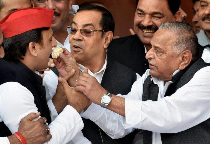 Akhilesh son first, leader later, says Mulayam