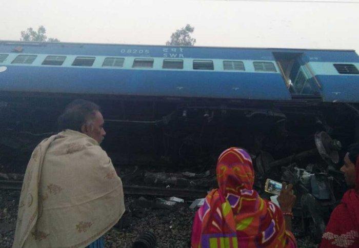 3 dead, 9 injured in Vasco Da Gama-Patna Express train derailment