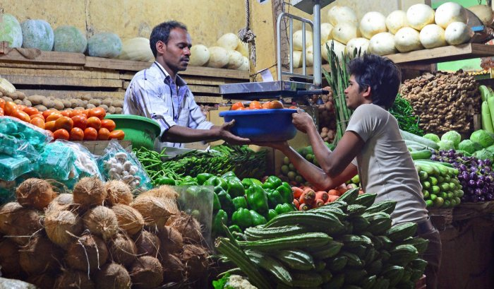 Vegetable prices soar through the roof; farmers get nothing