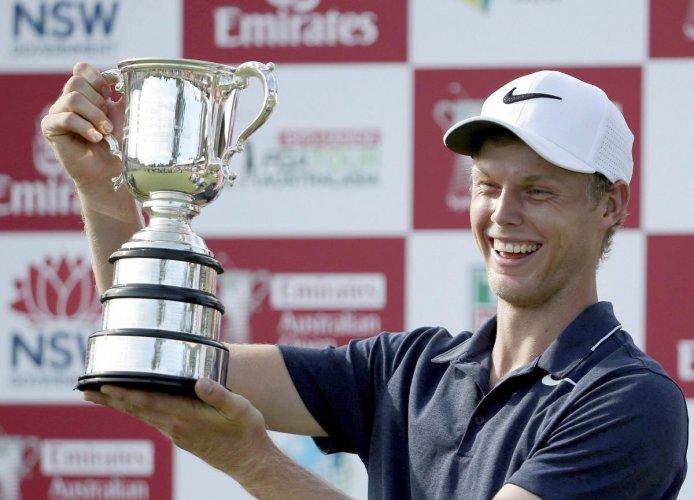 Davis wins Australian Open