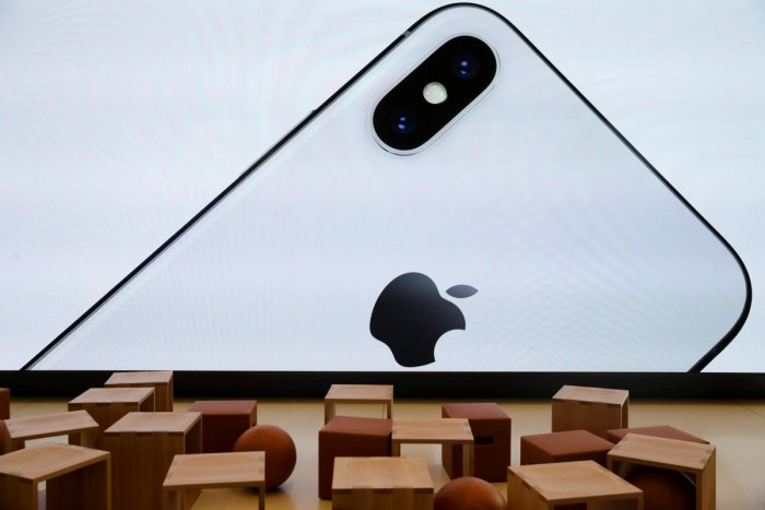 Govt to support Apple's bid to 'Make in India'