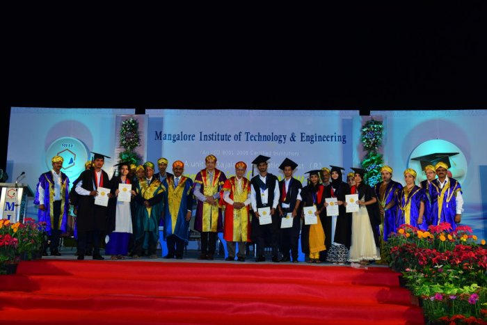 Young graduates should become ambassadors to change India: scientist