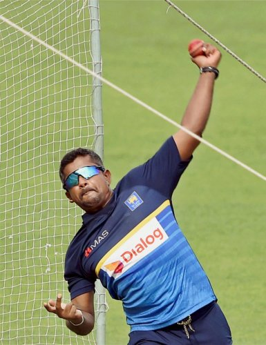 Herath pulls out of third Test