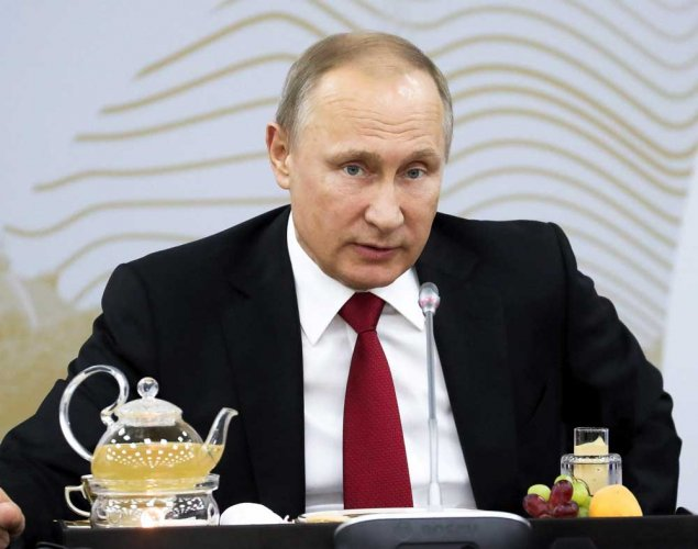 Putin takes fight to hooligans