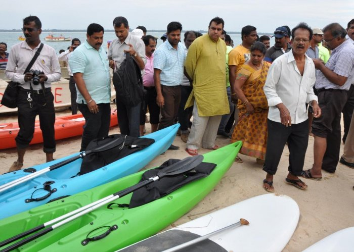 Madhwaraj bats for green initiatives on St Mary's Island