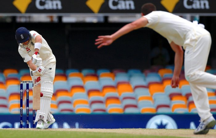 Australia 138-2 at dinner in second Test