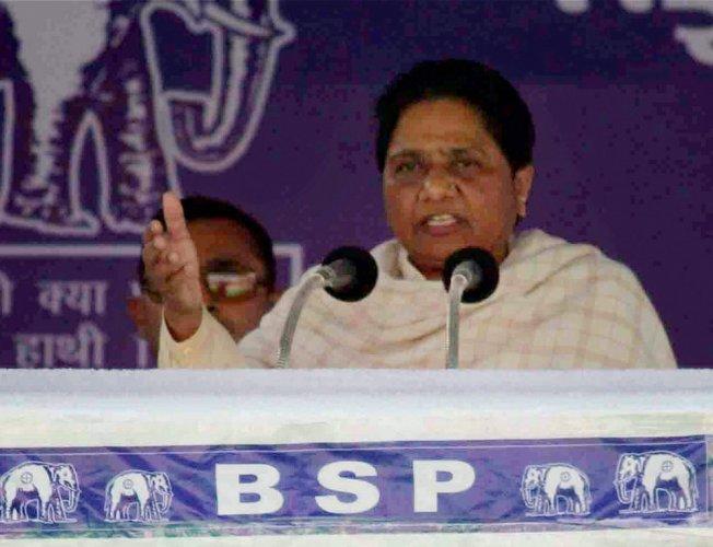 BJP will lose in 2019 if ballot papers used in polls: Mayawati