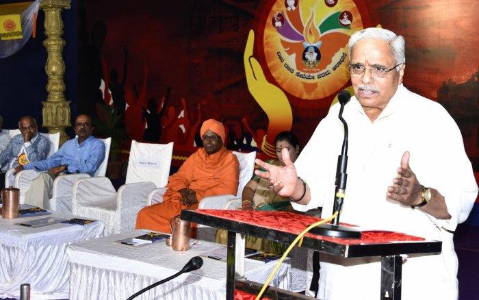 Business image of social service should change: RSS leader