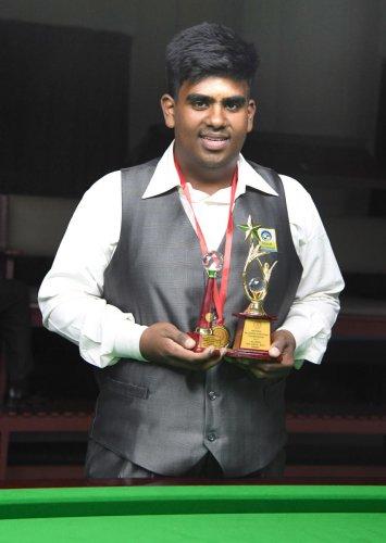 Shrikrishna defends title
