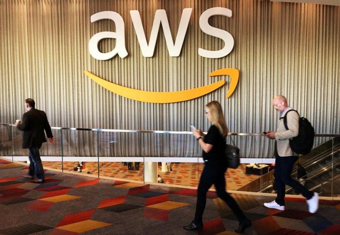 Amazon steps up pace in artificial intelligence race