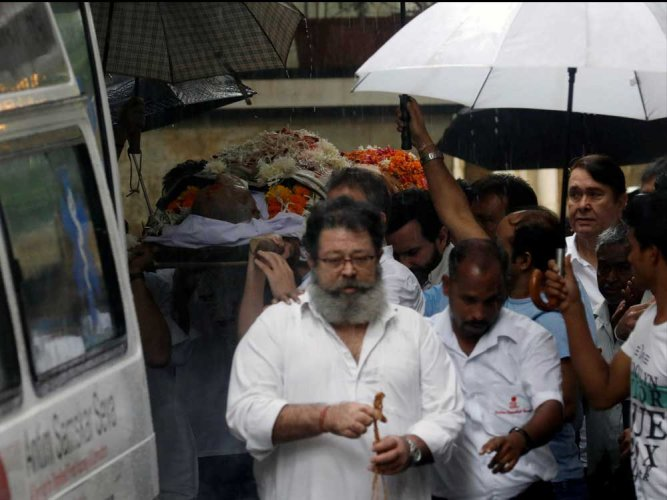 Shashi Kapoor given state funeral