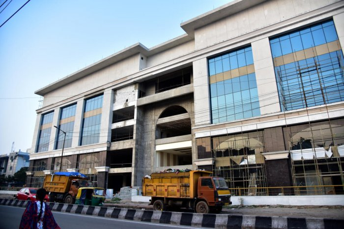 ACB seeking vacation of HC stay in KMF land scam case