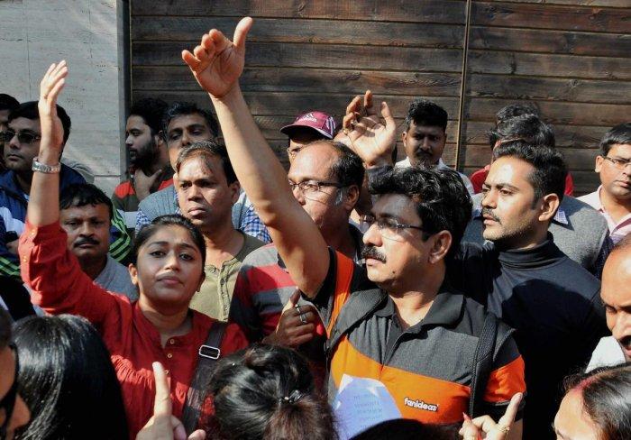 No headway in Birla school crisis