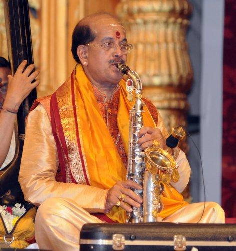 Ullal Srinivas Mallya Honorary Award to Kadri Gopalnath