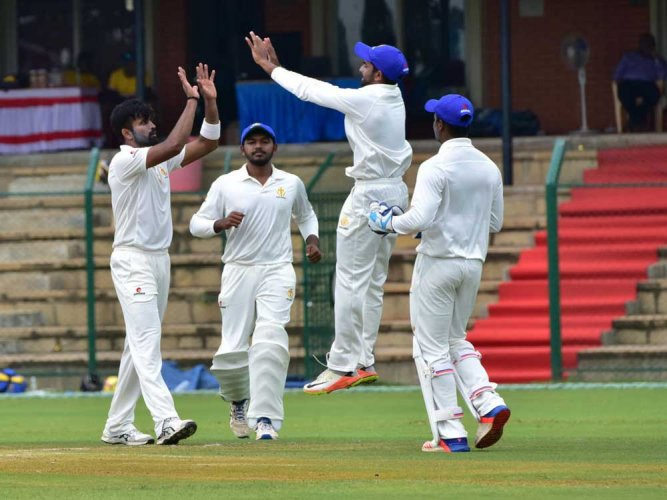 Ranji Trophy: Vinay bags hat-trick, Mumbai all out for 173