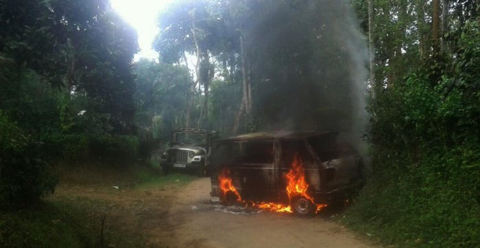 Man sets brother's vehicles on fire