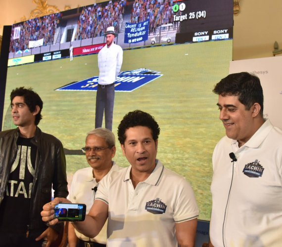 Tendulkar launches mobile game featuring him