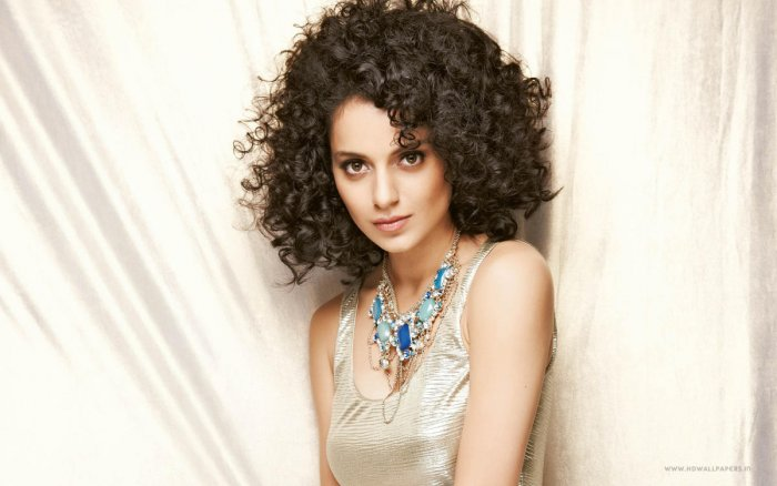 We all need to stick together: Kangana on 'Padmavati' row