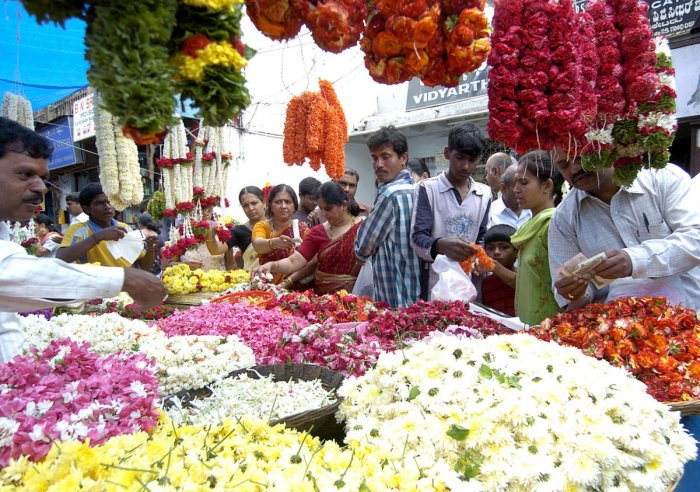 Fruit, veggie markets at Gandhi Bazaar to see better days