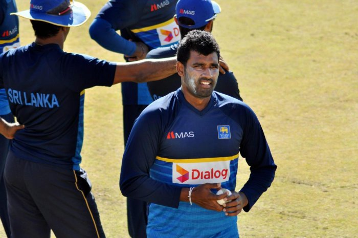 India all out for 112 in 1st ODI against Sri Lanka