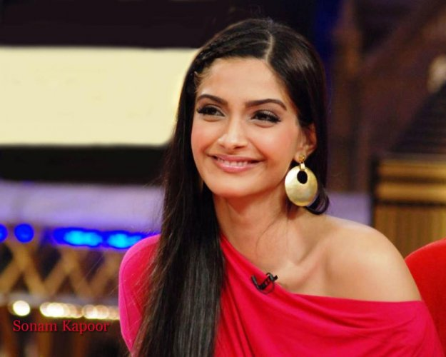 Female actors shouldn't pull each other down: Sonam on pay gap