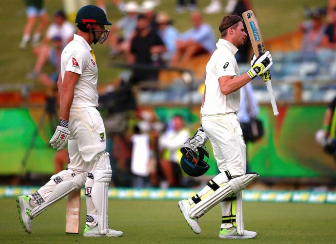 Smith foils England again
