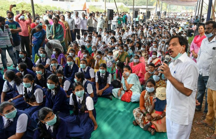 Garbage plant row: Ramdas launches indefinite fast
