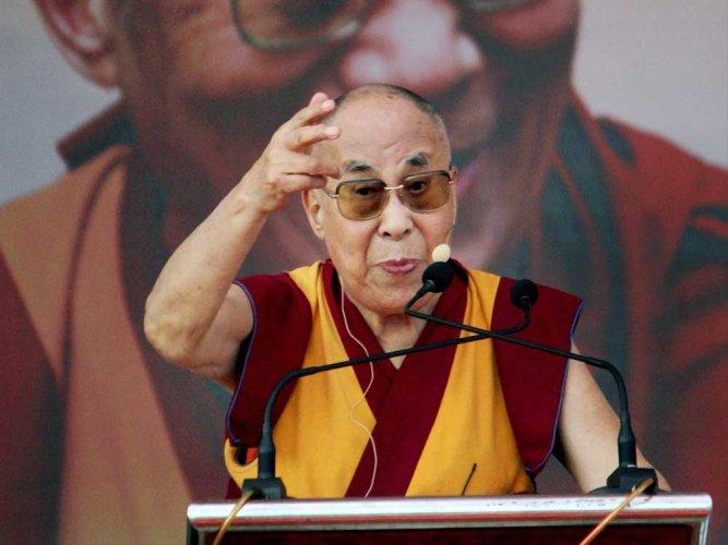 Dalai Lama turns to iPhone to spread app-iness