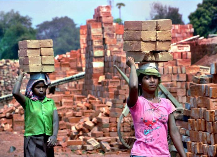 11 people, including 5 children, rescued from bonded labour