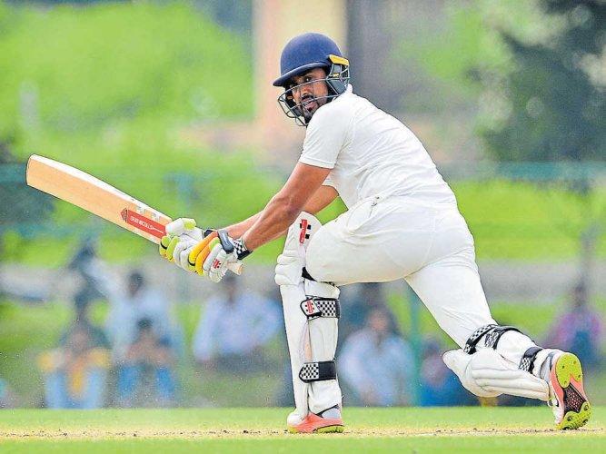 Ganesh, Wankhade shine as Vidarbha ahead by 79 runs