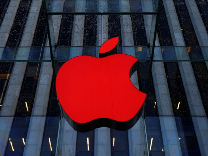 Apple names head for sales in India