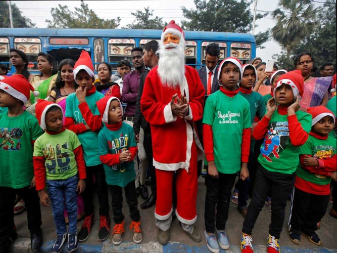 Saffron outfit warns missionary schools against 'forcing' Hindu students to celebrate Xmas