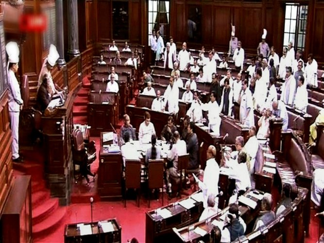 Cong MPs disrupt RS proceedings over PM's remarks