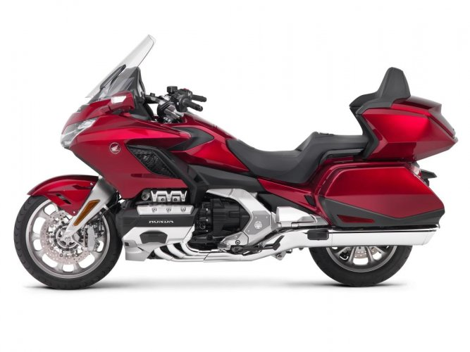 Honda opens bookings for Gold Wing 2018