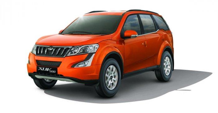 Mahindra launches petrol-powered XUV500