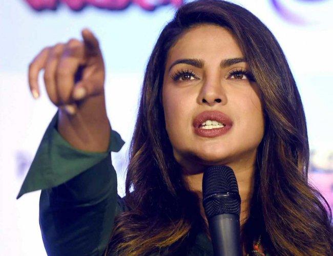 I stand by 'Padmavati' team: Priyanka Chopra