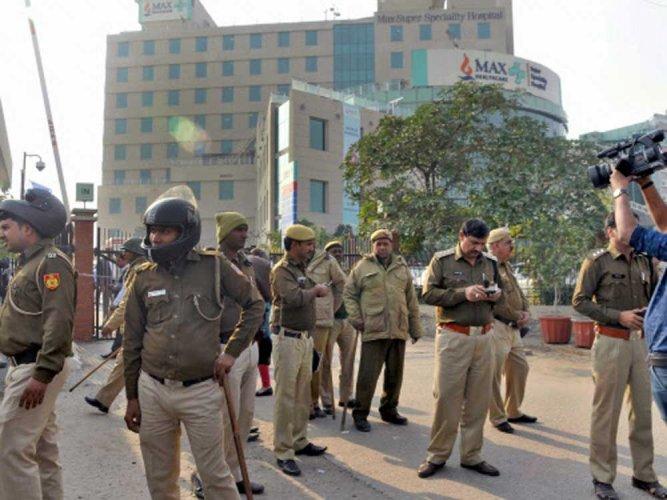 Delhi Max Hospital licence cancellation order stayed