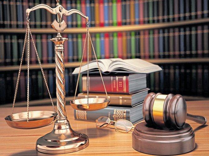 PMO officials, not Raja, misled Manmohan: court
