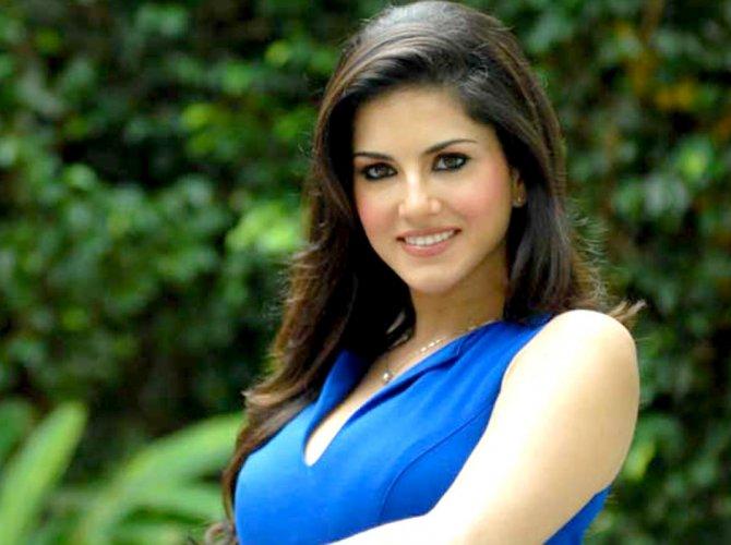 Don't discriminate against Sunny Leone, HC tells cops
