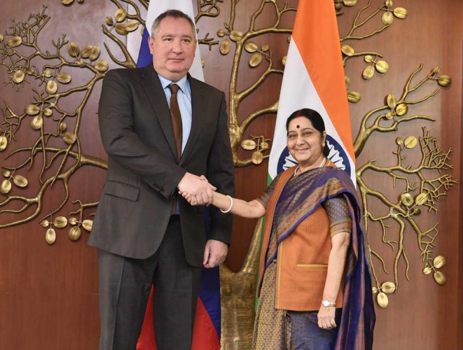 Sushma hosts Russian deputy PM