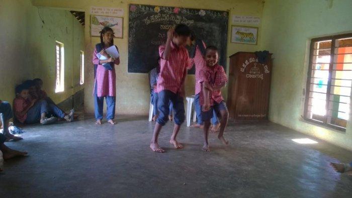 Schoolchildren enjoy 'No Bag Day'