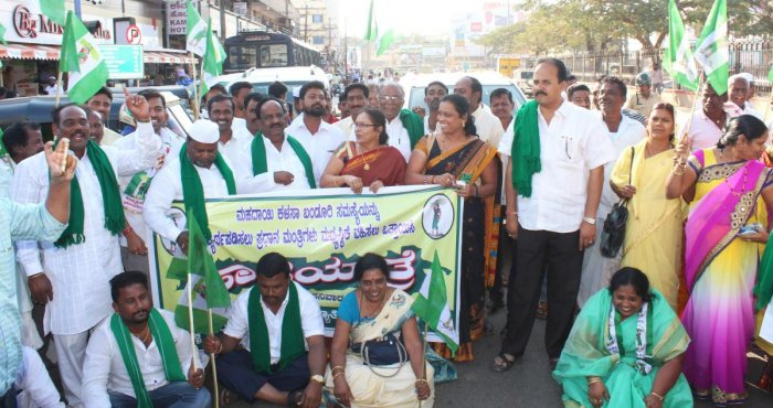 JD(S) demands PM's intervention in Mahadayi row