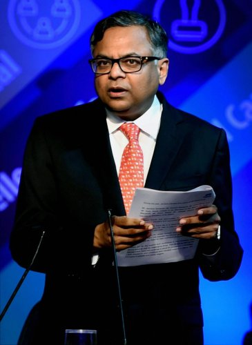 Chandra tells employees to focus on synergy, scale