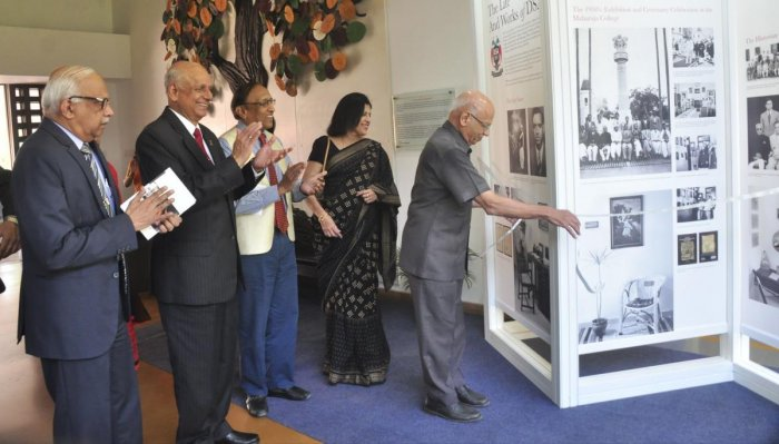 'Historians must look beyond India to connect with world'